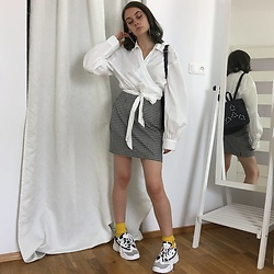 Carolyn D - H&M Shirt, Thrifted Skirt, Renee.Pl Sneakers - You wet my eyes but I don't mind it