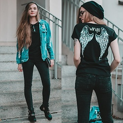 Karolina N. - Zaful Beanie, Cheap Monday Jeans, Deezee Boots, Zaful Jacket, Zoio T Shirt - WINGS.