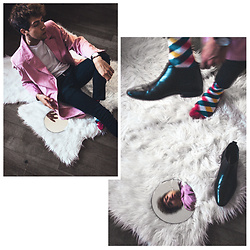 Yanick Monteiro - Topman Chelsea Boots, Thrift Shop Pink Fake Velour Jacket, River Island Skinny Jeans, H&M White Net Shirt, Francis Et Son Ami Denis - HurrY