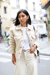 Rosa Pel - Levi's Teddy Jacket, Urban Outfitters Ivory Jeans - The teddy jacket