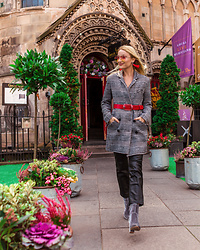 Miss Casual - Asos Houndstooth Coat, H&M Faux Leather Trousers - For the wind in Edinburgh