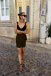 Anna Borisovna - H&M Top, H&M Skirt, Zara Sandals - Throwback to...Algarve