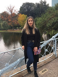 Lina Acevedo - Converse High Tops, Bershka Mom Jeans, Old Navy Coat - Fall essentials