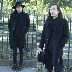 Xanthium James - Uniqlo Chesterfeild Coat, Urban Outfitters Linen Duster, Frog Button Shirt, Cheap Monday New Black, Dr. Martens Boanil Brush - Lights
