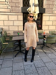 Anna Borisovna - EvyÏnit Sweater, Mango Boots, Céline Sunglasses - THE EVYÏNIT SWEATER