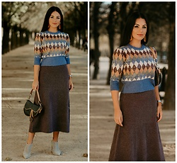 Edisa Shahini - Zara Sweater, American Apparel Skirt, Sergio Rossi Heels, Christian Dior Saddle Bag - ALL EYES ON KNIT