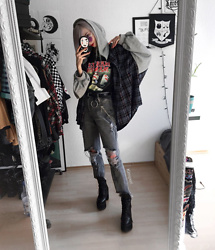 Kimi Peri - Vii & Co. Plaid Hooded Shirt, Vii & Co. Marilyn Manson Tee, Vii & Co. Witch Glasses, Vii & Co. Extended Tongue Platform Boots, Vii & Co. High Waist Distressed Jeans, Vii & Co. Ring Belt, Vii & Co. Double Beaded Cross Chain - VII & Co.
