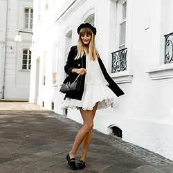 Catherine V. - Pimkie Beret, Zara Pearl Blazer, Magali Pascal Backless Dress, Chloé Faye Bag, Sacha Loafers - HOW TO WEAR YOUR FAVORITE SUMMER DRESSES IN FALL