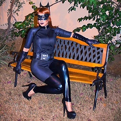 GlamDiva -  - The cat women