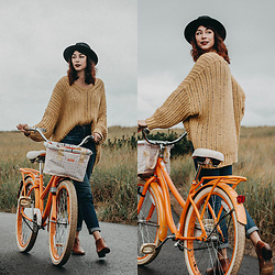 Mackenzie S - Free People Infinite V Sweater, Sam Edelman Petty Ankle Bootie, Madewell High Rise Slim Boy Jeans, Brixton Messer Fedora - I Want to Ride my Bicycle
