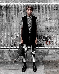 Kiko Kim - Hush Puppies Chelsea Boots, H&M Vest, Bershka Sheer Top - Street meets preppy
