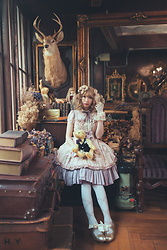 Zairai Chen - Mary Magdalene Flower Headdress, Baby The Stars Shine Bright Rose Gloves, Juliette Et Justine Lace Up Ribbon Print Tights, Innocent World Satin Ribbon Scallop Shoes, 実柚季のまつげ Miyuki's Eyelashes Morpho False Eyelashes, Mary Magdalene クララフルールワンピース, Dream Holic 巴姆家的畫像少女 - Mirror Portrait