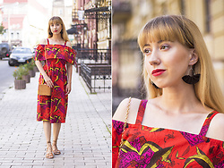 Julia F. - Asos Maternity Tropical Dress, Asos Sandals - Tropical dress