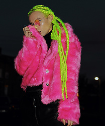 Milex X - Graphique Jacket, Animal Hair Sunglasses - NEON HAIR