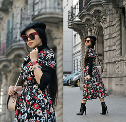 Clara Campelo - Bag, Public Desire Boots - Flower dress