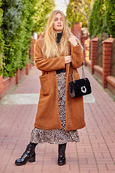 Marta Caban - Zaful Coat, Orsay Bag, Zaful Skirt, Bayla Shoes - TEDDY