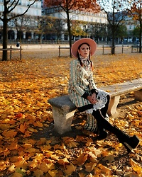 The wardrobe of Ms. B - Jeffrey Campbell Shoes Boots, Agnoulita Hat, The House Of Björnberg Coat - Evening light in Paris