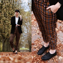Lavie Deboite -  - Checkered Pants