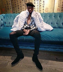 Travis C - Boohoo Diamond Button Up, Fashion Nova Distressed Demin Black, Asos Chelsea Boot - I'm not your average or typical.