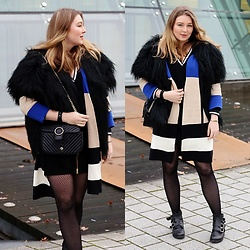 Ania K. [www.overdivity.com] - Bag, Poncho, Jacket, Bag, Cardigan, Jacket, Boots - Fake Fur