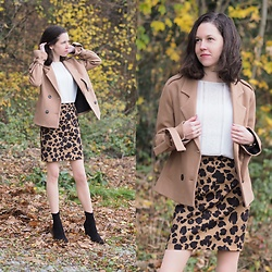 Claire H - Lyvem Jacket, Vintage White Blouse, Lyvem Mini Skirt Tiga, Office Sockboots - Wild cat