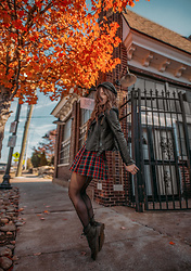 Indiefoxx - Dollskill Skirt, Dr Martens Boots, Boohoo Jacket - Mad for Plaid