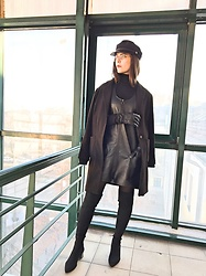 Deborah B - H&M Coat, Topshop Dress, Orsay Hat, Guess Glasses, Stradivarius Boots - Noir💫