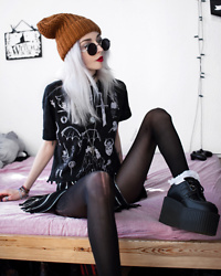 Kimi Peri - Drop Dead Game Of Thrones Tee, Current Mood Baddie Showcase Zip Skirt, Tights, White Frilly Socks, Underground Vegan Custom Triple Sole Creepers, Monki Beanie, Vii & Co. Vintage Glasses, Choker, Solrayz Moonstone Necklace - Game of Thrones