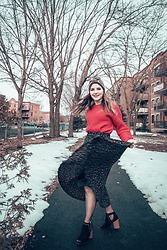 Lyzie McCake - Ardene Red Top, Simons Christmas Skirt, Winners Shoes - Holiday Season