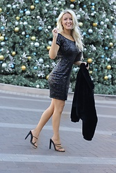 Amber Wilkerson - Sequin Dress, Faux Fur Bomber Jacket, Multi Strap Mules - SEQUIN DRESS BLING IT!
