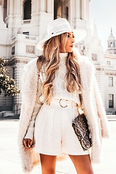 Maria De La Cruz - Haute & Rebellious Terry Fur Coat - ALL WHITE