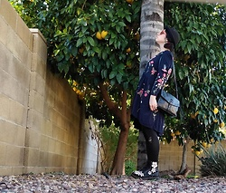 Saguaro Style - Philosophy Flower Embroidered Dress, Dr. Martens 3d Flower Docs, Botkier Keyhole Crossbody - 01.05.2019