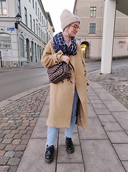 Nathalie R - Hm Jacket, Dr Martens Shoes - In the city