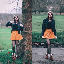 Audrey - Bershka Skirt, Bershka Top, Gemo Boots, Asos Perfecto, Bizbee Headband - The yellow skirt