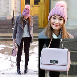 Taylor Doucette - Michael Kors Pink Purse, Kendall And Kylie Black Patent Boots, Topshop Pink Pom Pom Beanie - Bigger Than Love - Oh Wonder