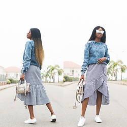 Oroma Roxella Rukevwe -  - HOW TO WEAR A DENIM JUMPER
