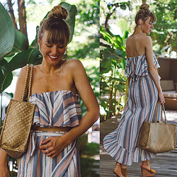 Vicky W - Asos Design Skirt, Asos Design Off Shoulder Shirt, H&M Mules, Asos Straw Bag - Hey from Bali!