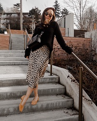 Tuyet - Realisation Par Skirt, Zara Sweater, Saint Laurent Bag, By Far Shoes - Leopard Skirt