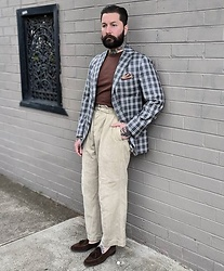 Jared Acquaro - Oscar Hunt Sports Jacket, Zing Chen Knitted Tshirt, Leather Healer X Berwick Belgian Loafers - Bespoke Military