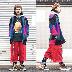 @KiD - Override Oriental Beret, Sonic Youth Goo, Vintage Crazy Pattern Knit, Code Red Crust Shorts, Vivienne Westwood Cigarettes Case, Adidas Crazy Pattern Sneaker - JapaneseTrash478