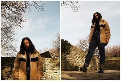 Maë RZF - Bershka Faux Fur Jacket, Yesstyle Heartbelt, Dr. Martens Dr.Martens, Bershka Mom Jean - FAUX-FUR, SUNSET AND LOW-ANGLES
