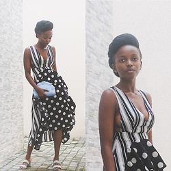 Oroma Roxella Rukevwe -  - MIXED PRINT DRESS