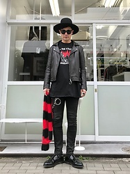★masaki★ - Newyorkhat Classic Big Brim, Ch. Leater Jacket, The Clash Combat Rock, Neuw Denim Jeans, Dr. Martens Loffers - ♪ROCK♪