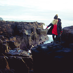 Wioletta M - Topshop Swetar, Zaful Jacket, New Look Hat, Asos Gloves - Winter Travel Look - Scotland