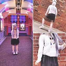 Jack Pal - Bts Hoodie, Forever 21 Sheer Skirt, Light Up Shoes, Purple Wig, Melting Socks - Suga honey ice tea