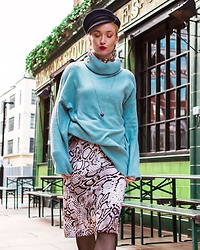 Miss Casual - River Island Oversized Turtleneck, River Island Snakeprint Skirt, Asos Bakerboy Hat - Kissing the photographer