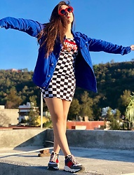 Karen Cardiel - Must Concept Store Super Plaid Mini Dress, Pull & Bear Electric Blue Denim Jacket, Must Concept Store Color Block Sneakers, Must Concept Store Red Oval Sunglasses - I want to break free 🗾