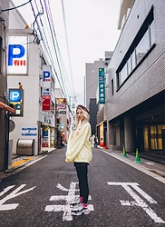 ♡Anita Kurkach♡ - Balenciaga Shoes, Stylenanda Sweater, Stylenanda Hat - Yellow mood in japan 🇯🇵