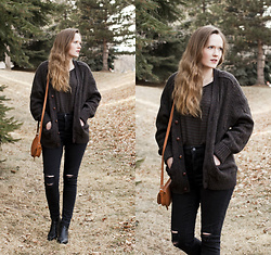 Emily S. - Vintage Cardigan, Vintage Saddle Bag, Levi's 720s High Rise Jeans, Marc Fisher Ankle Boots, Mai Tai Top - Black & Tan