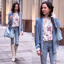 Claire H - Mango Light Blue Velvet Blazer, Lyvem Blouse Layla, Zara Leather Boots, Coach Hobo Bag, Levi's® 711 Skinny Light Wash Distressed Jeans - Heralds of spring